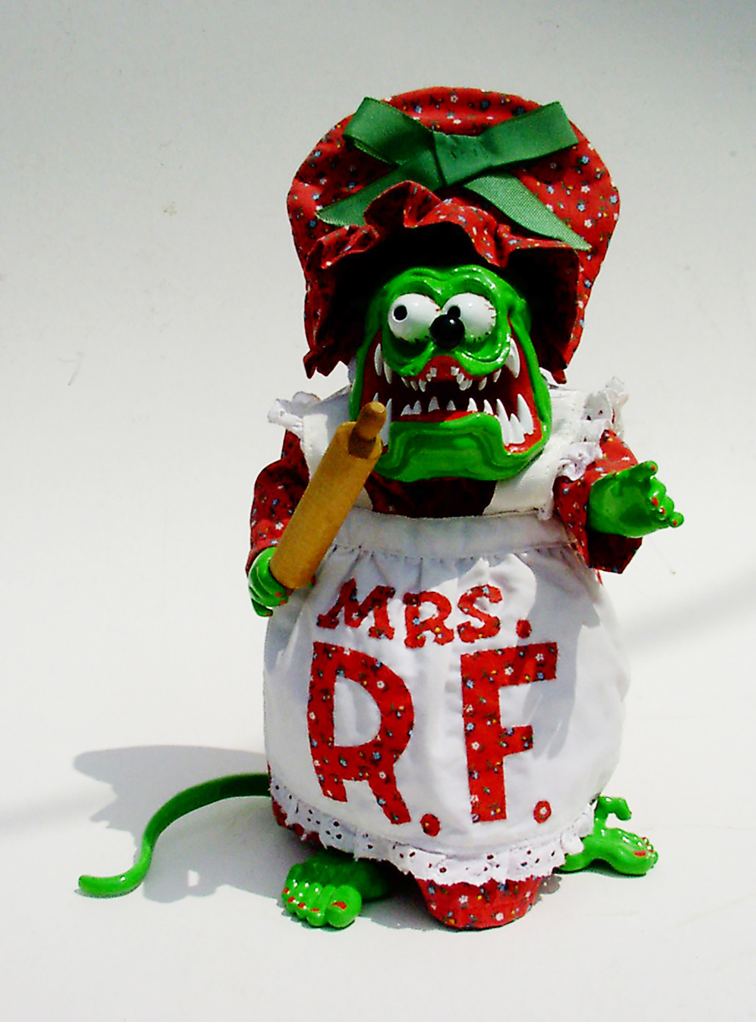 Mrs. Rat Fink (front), 2006