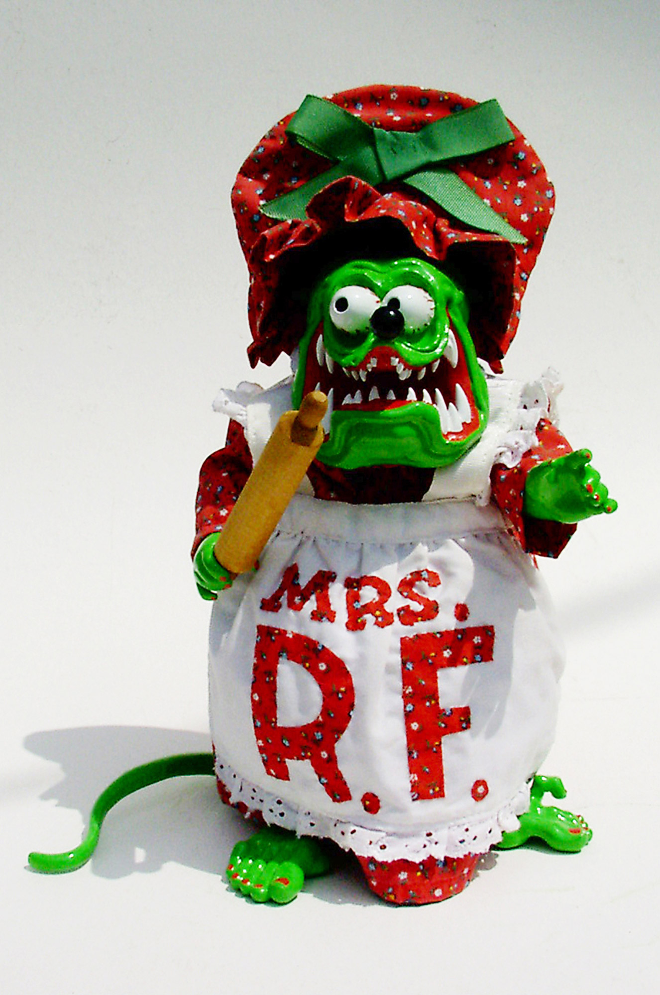 Mrs. Rat Fink, front